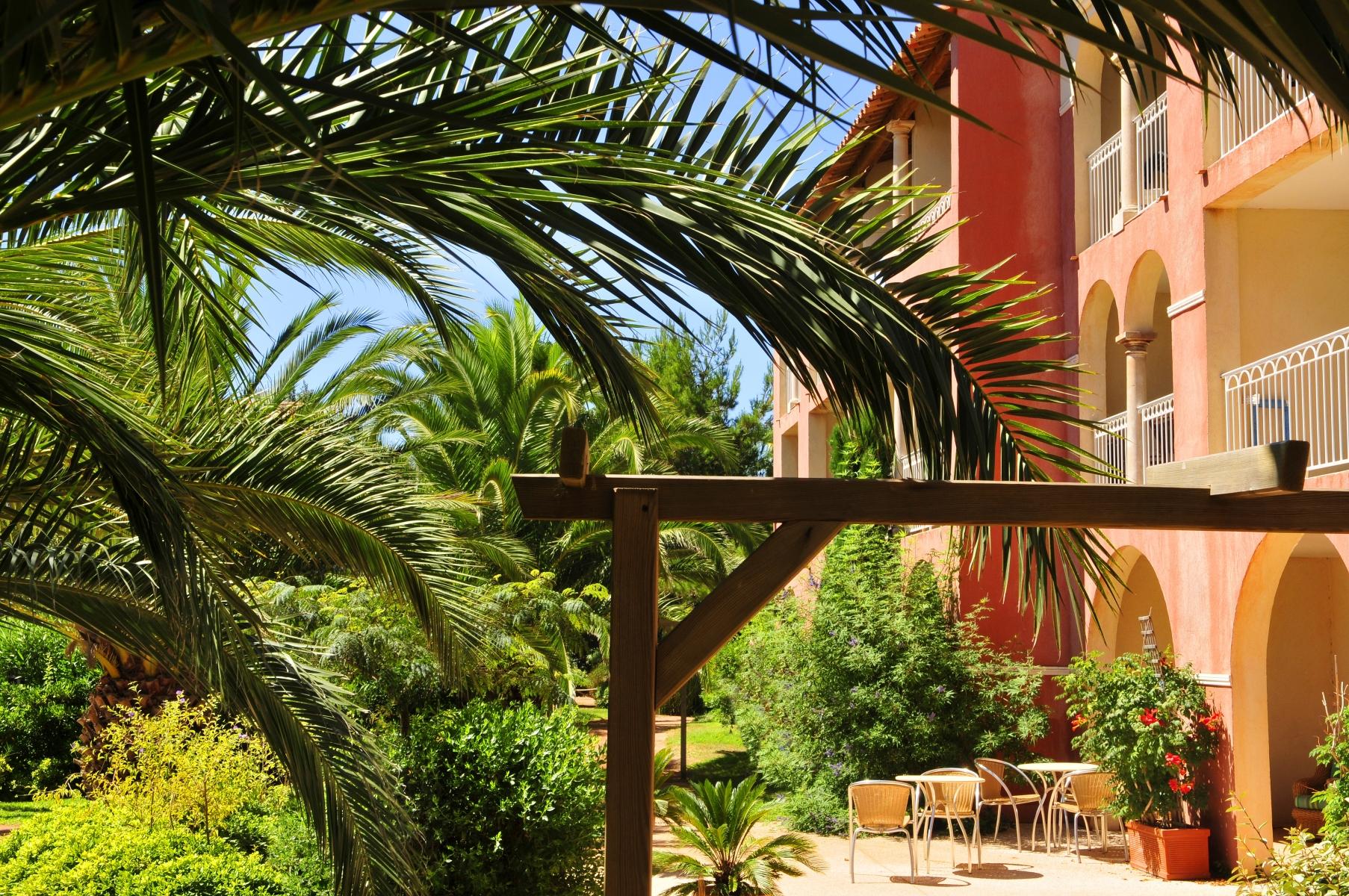 Aanbieding bungalow Middellandse Zee 🏕️Pierre & Vacances Résidence Le Hameau de la Pinède