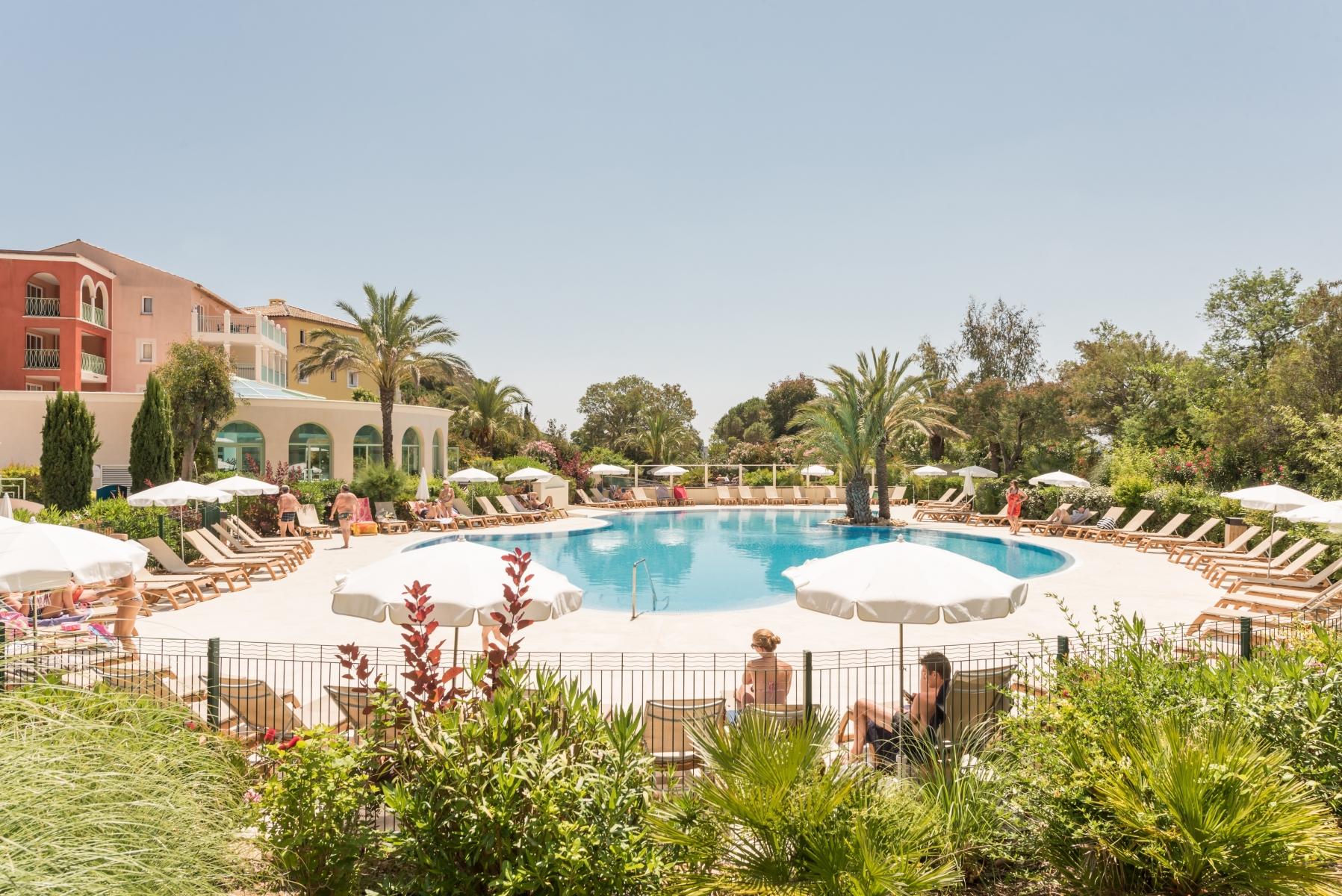 Korting bungalow Var 🏕️Pierre & Vacances Premium Résidence Les Calanques des Issambres