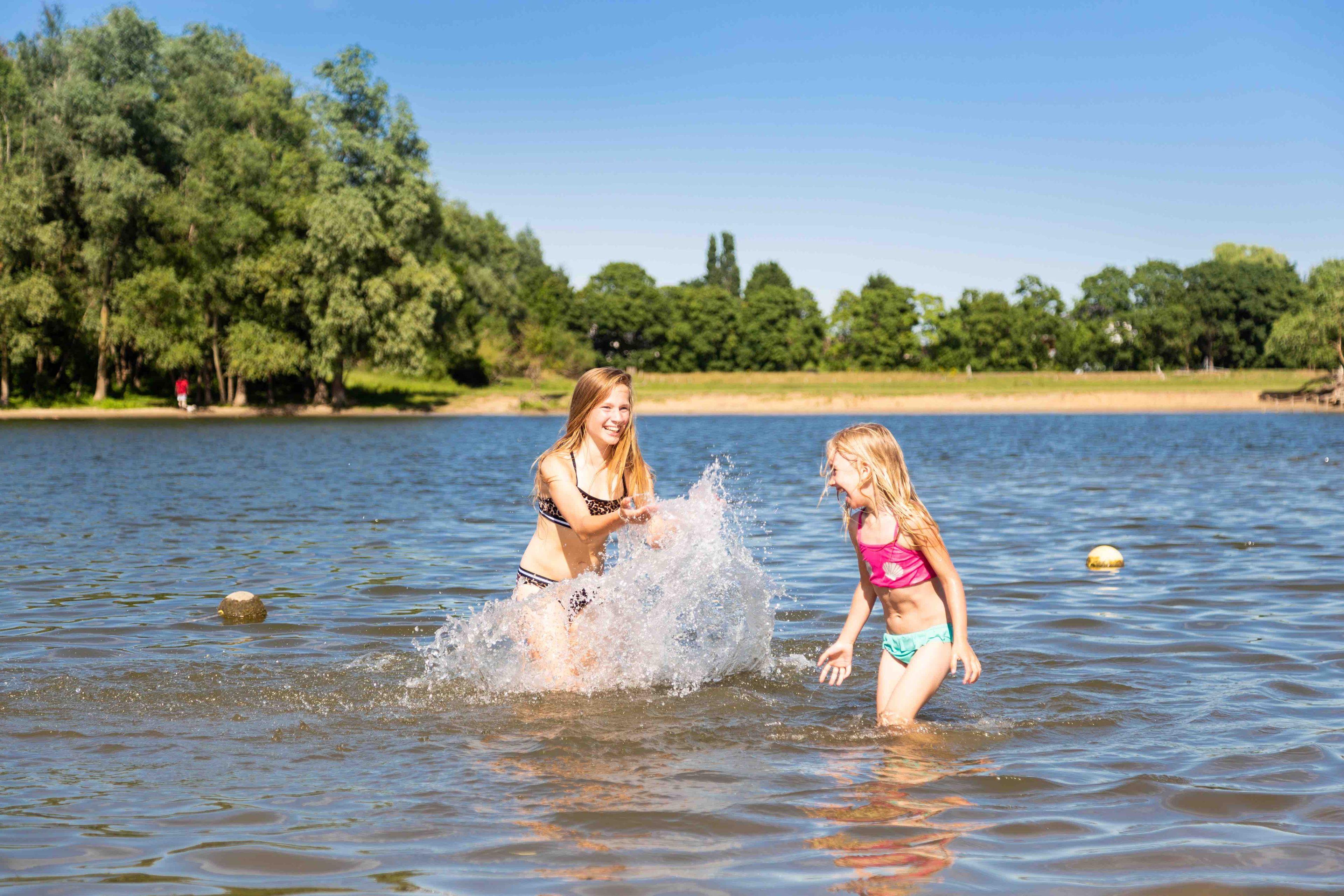 Aanbieding vakantiehuisje Betuwe 🏕️TopParken Recreatiepark Het Esmeer