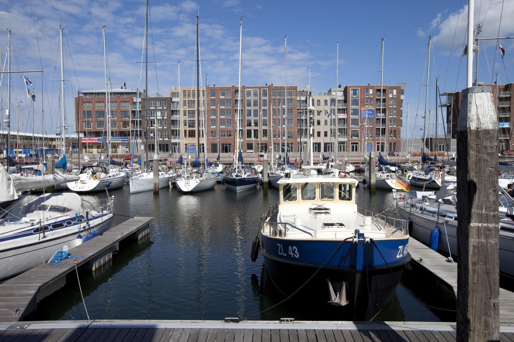 Korting vakantiepark Kust Nederland 🏕️Roompot Nautisch Centrum Scheveningen
